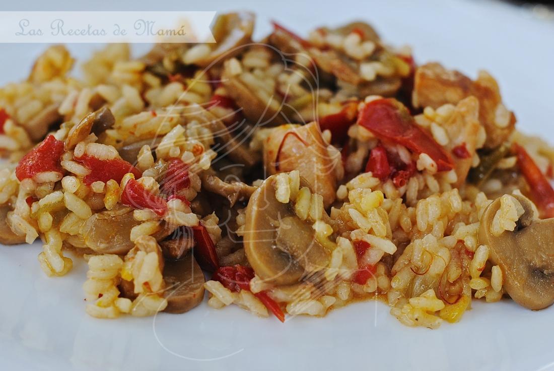 Arroz Caldoso Con Setas Y Pollo arroz con pollo y champiñones | las recetas de mamá