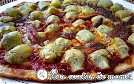 Pizza de anchoas y alcachofitas
