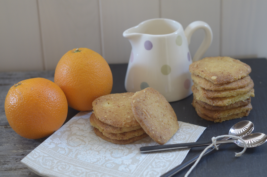 Galletas de naranja y almendra. Video receta